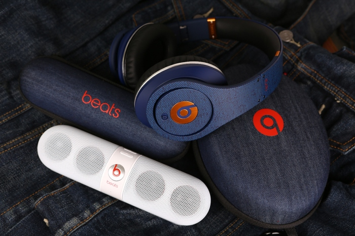 selfridges-x-beats-by-dr-dre-denim-lovers-headphones-1